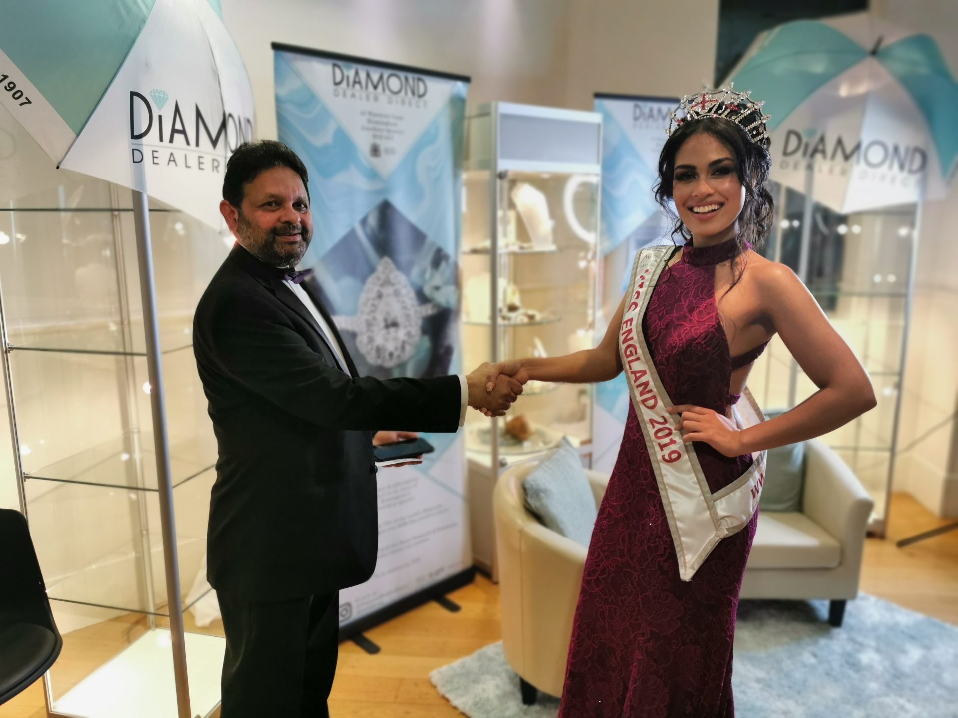 Birmingham's Diamond Dealer Direct donates charity Auction gift to Miss England Doctor